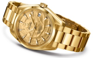 Omega-gold-aqua-terra-007-goldfinger-50th-watch-2