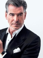 313866_pierce-brosnan